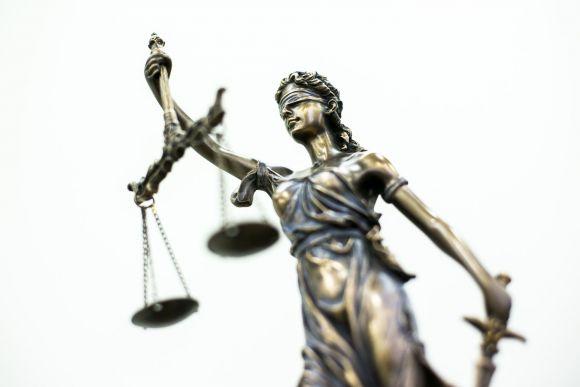 Nuo sausio 1-osios – teismų reforma