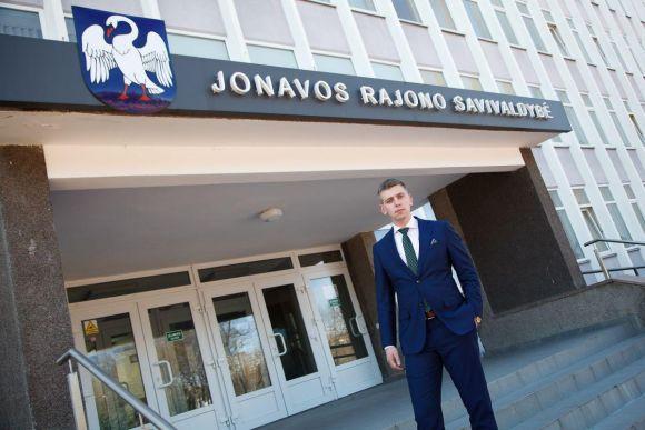 Socialdemokratų Jonava: rožėmis klotas statybų įmonės kelias