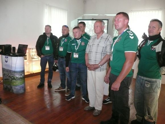 Baltijos kelio atmintis ralio dalyvių pažadinta – ir Jonavoje